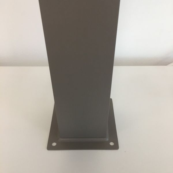 Fontana alluminio quadrata