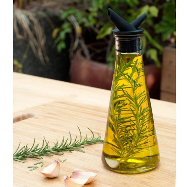 Oil infuser bottle