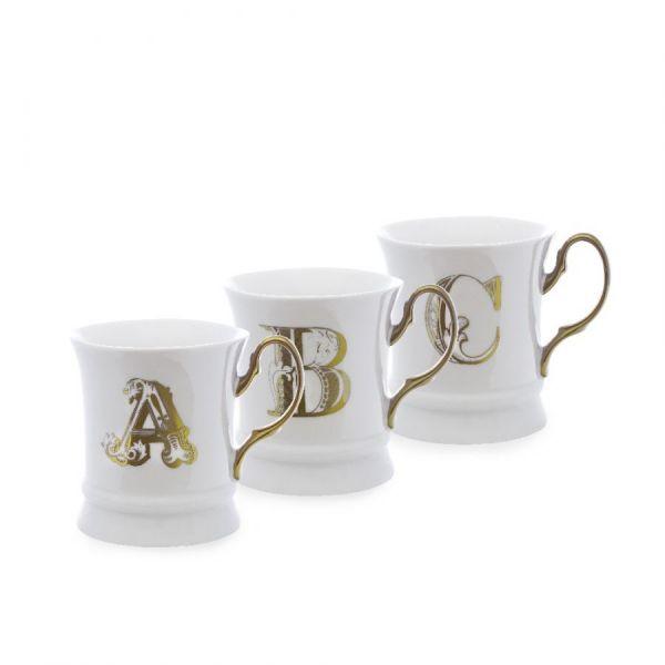 Letter mug gold t