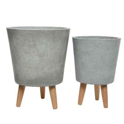 Vaso in fibra di argilla con gambe