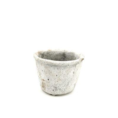 Vaso in cemento grigio