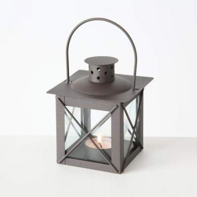 Lanterna in metallo e vetro