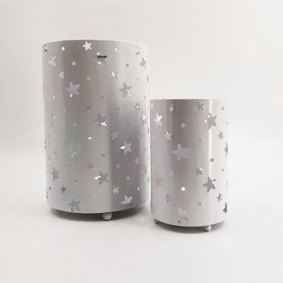 Lanterna 20x30 cm rotonda mettallica con stelle